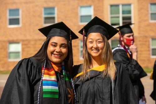 Commencement-Undergraduate-2021-008