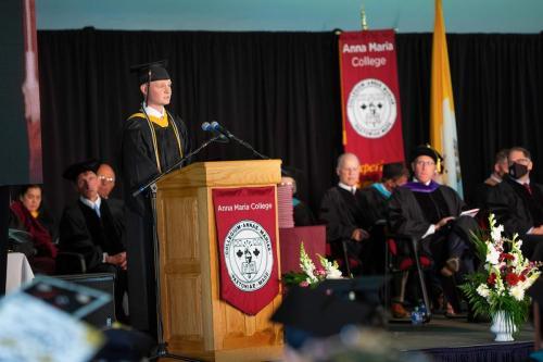 Commencement-Undergraduate-2021-038