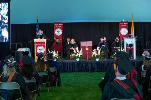 Commencement-Undergraduate-2021-043