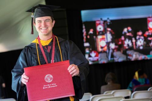 Commencement-Undergraduate-2021-050