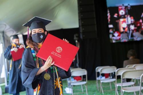 Commencement-Undergraduate-2021-051