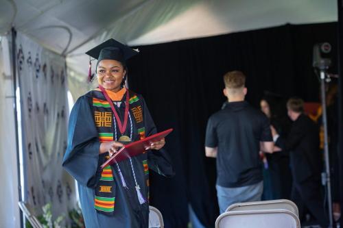 Commencement-Undergraduate-2021-052