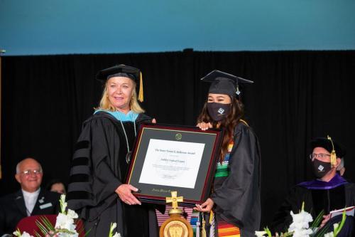 Commencement-Undergraduate-2021-056