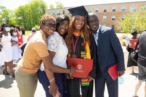 Commencement-Undergraduate-2021-063