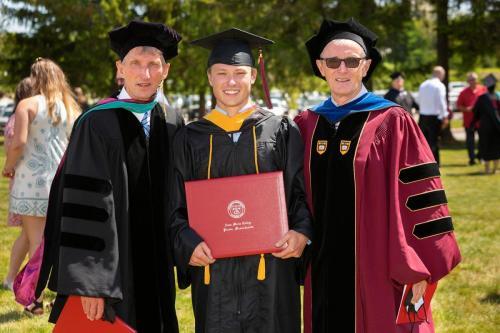 Commencement-Undergraduate-2021-069