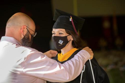 Commencement-Graduate-2021-001