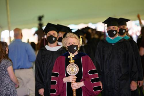 Commencement-Graduate-2021-004