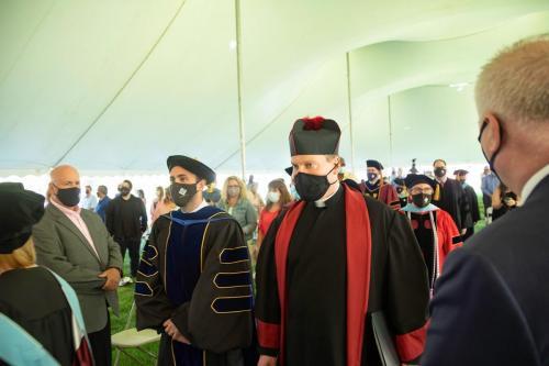 Commencement-Graduate-2021-005