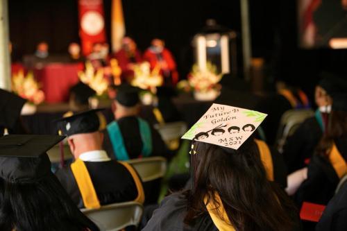 Commencement-Graduate-2021-011