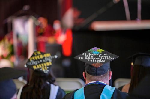 Commencement-Graduate-2021-015