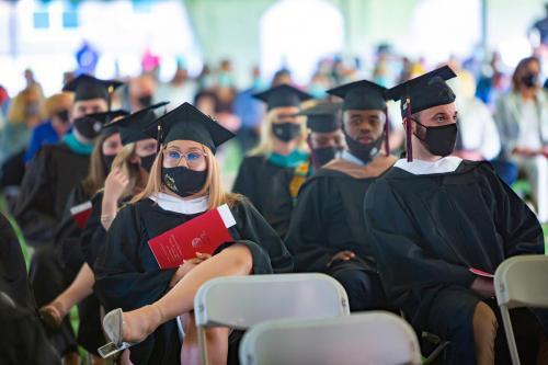 Commencement-Graduate-2021-024