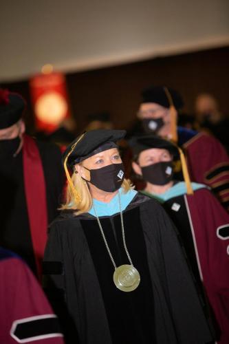 Commencement-Graduate-2021-039