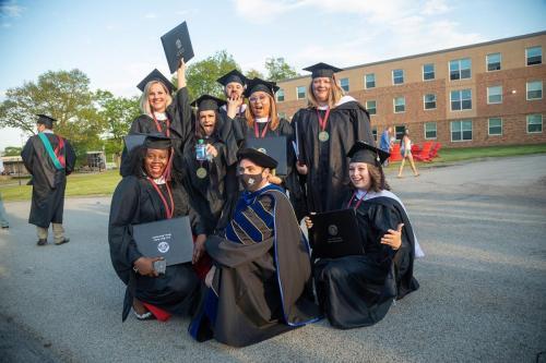 Commencement-Graduate-2021-042