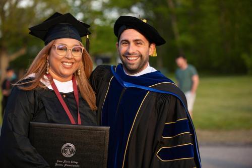 Commencement-Graduate-2021-069