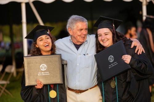 Commencement-Graduate-2021-078