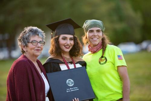 Commencement-Graduate-2021-079
