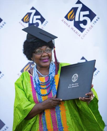 Commencement-Graduate-2021-080