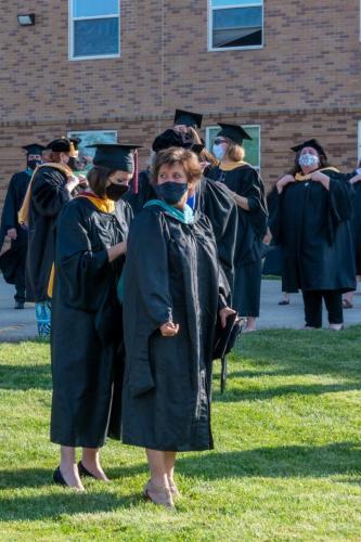 Commencement-Graduate-2021-086