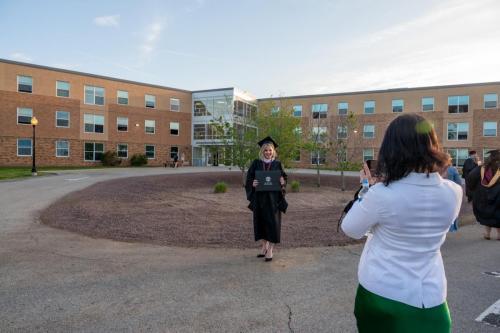 Commencement-Graduate-2021-093